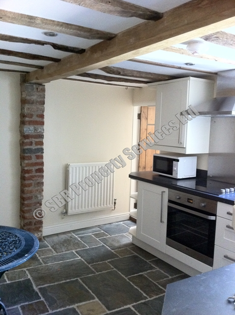 Carpenters in south devon s b r carpentry services for Kitchen design exeter